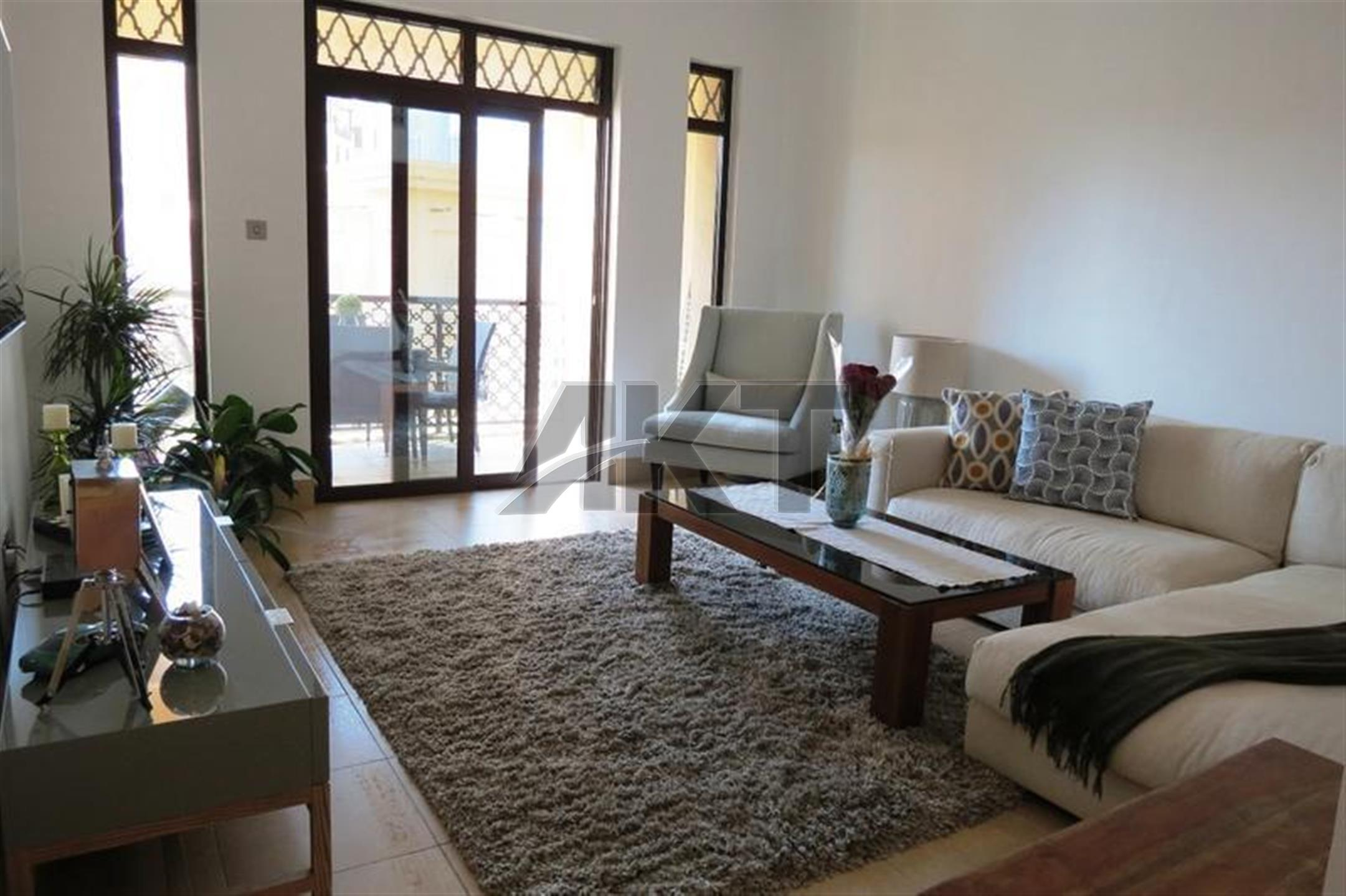 Fully Furnished 1 Bedroom , In Old Town