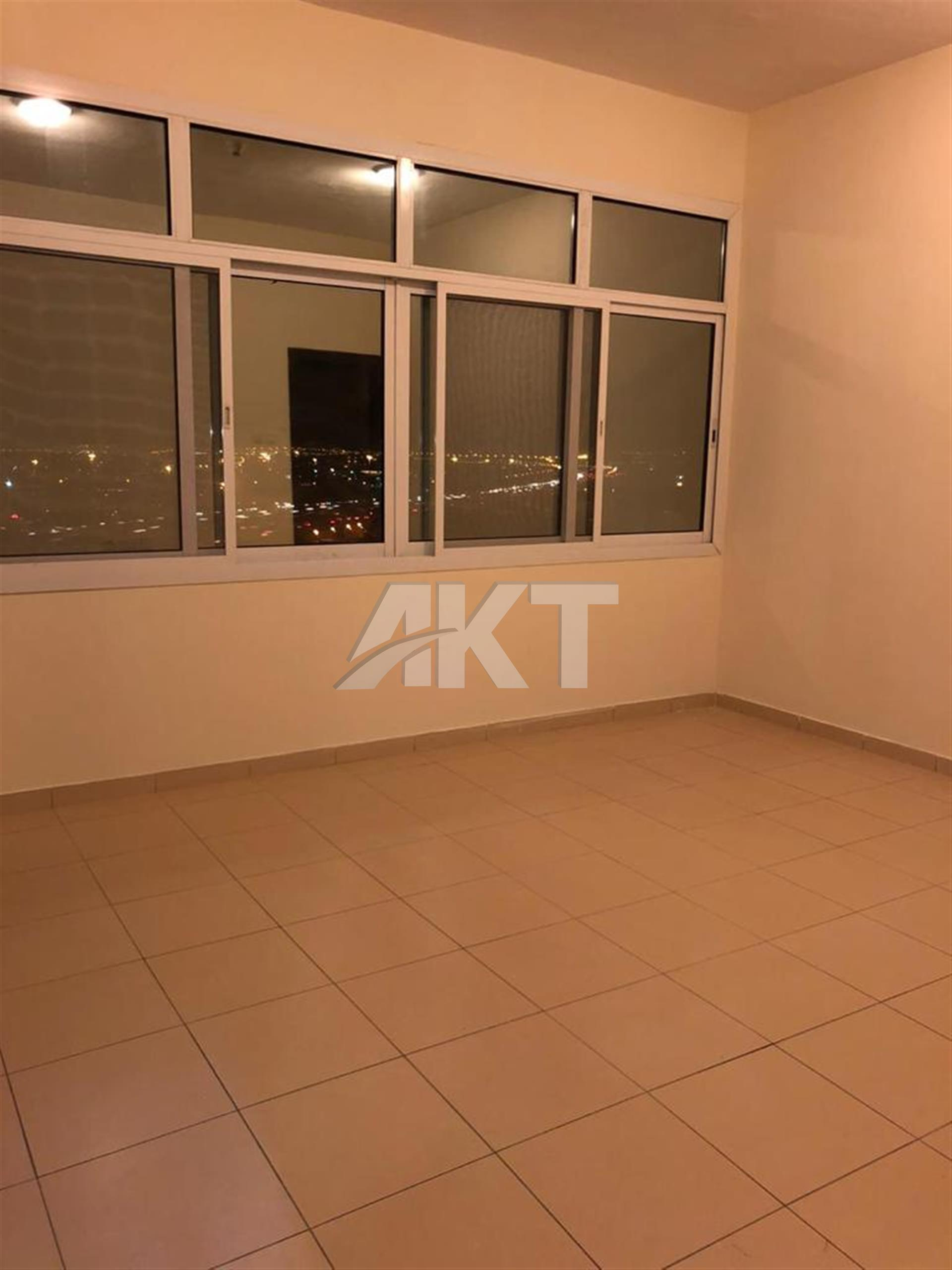 55 K / High floor / 3 Br / Very Nice View & Lay out / Direct Access to Emirates & Al Ain Road