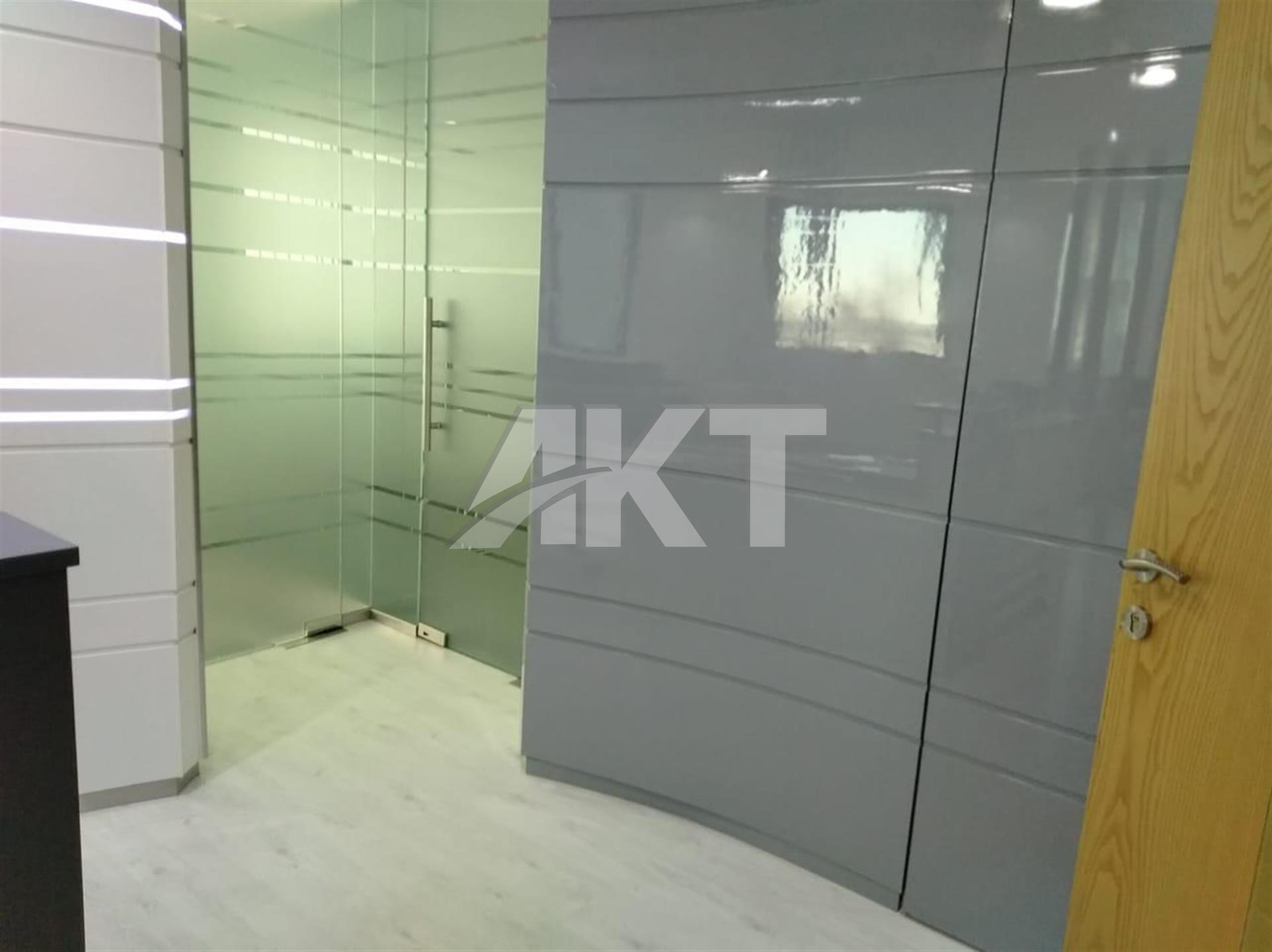 55 K / Fully  Fitted Office / Pantry / Ready to Move in