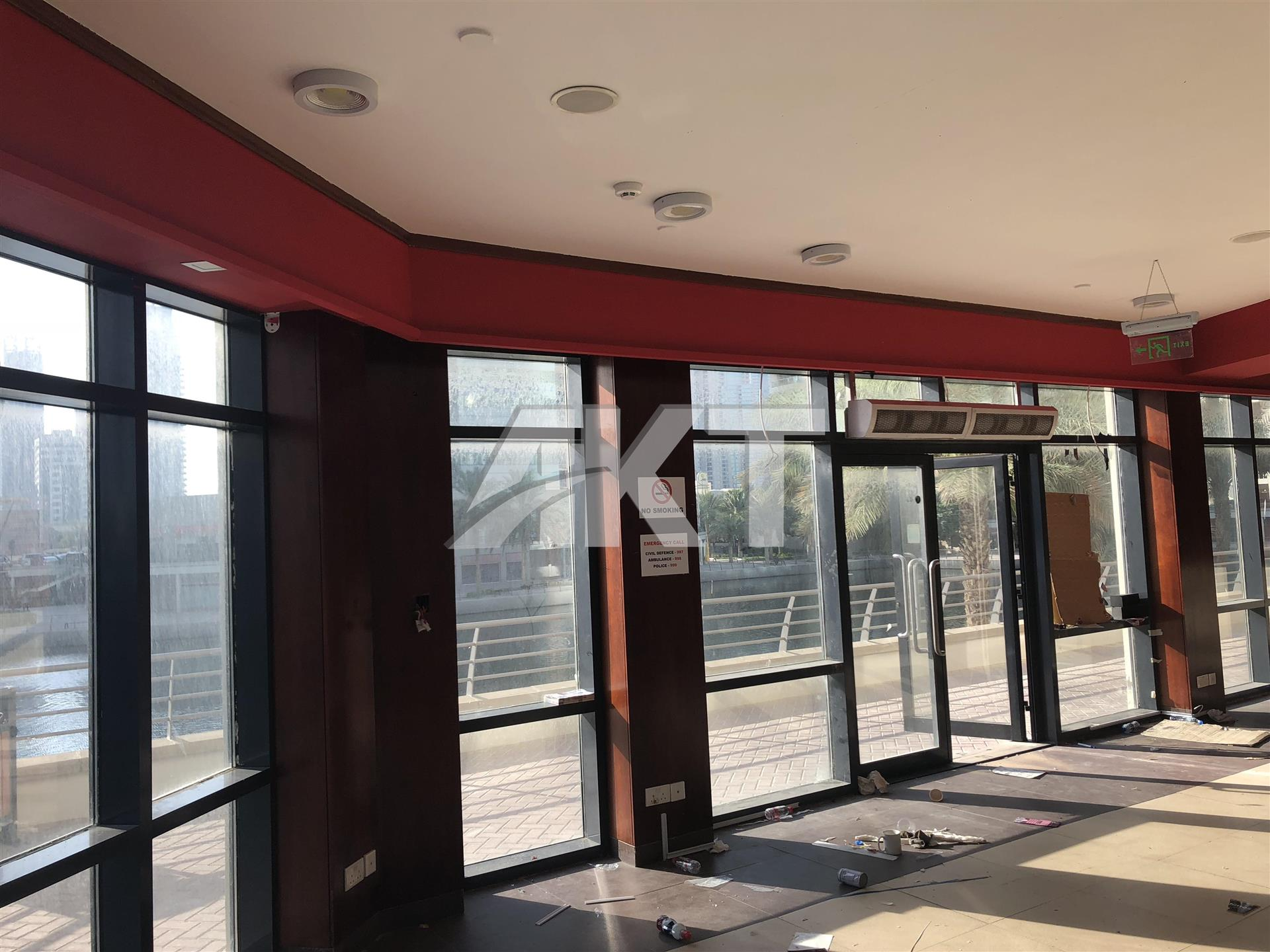 230 K / Fully Fitted Shope /Full Lake View / With Storage / JLT
