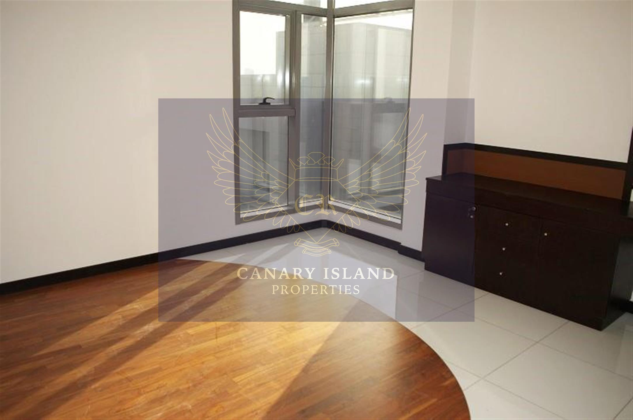 Most Beautiful Three Bedroom Plus Study Apartment for Sale in Green Lakes