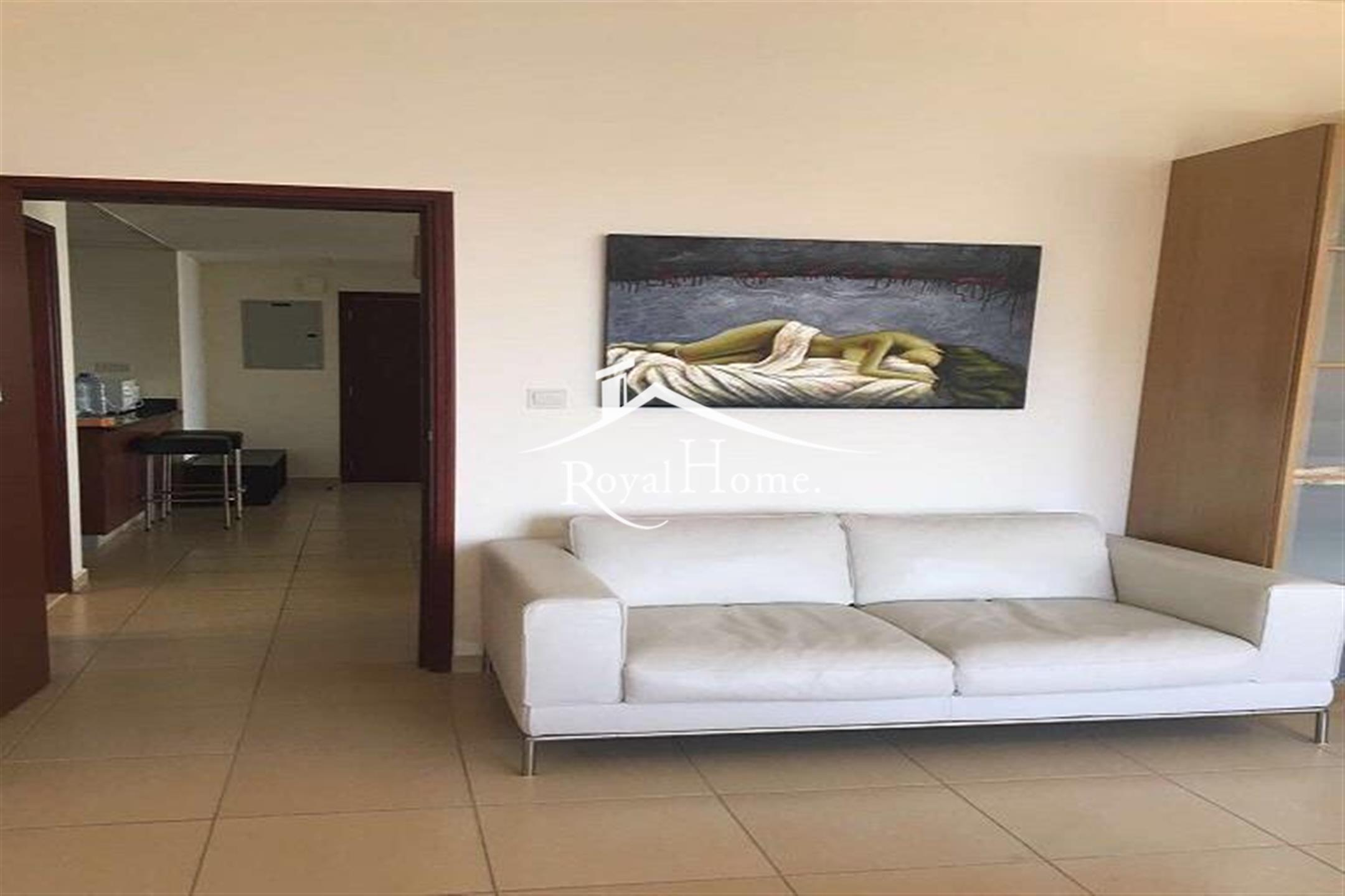 Spacious | 1 bhk | Luxurious | Furnished