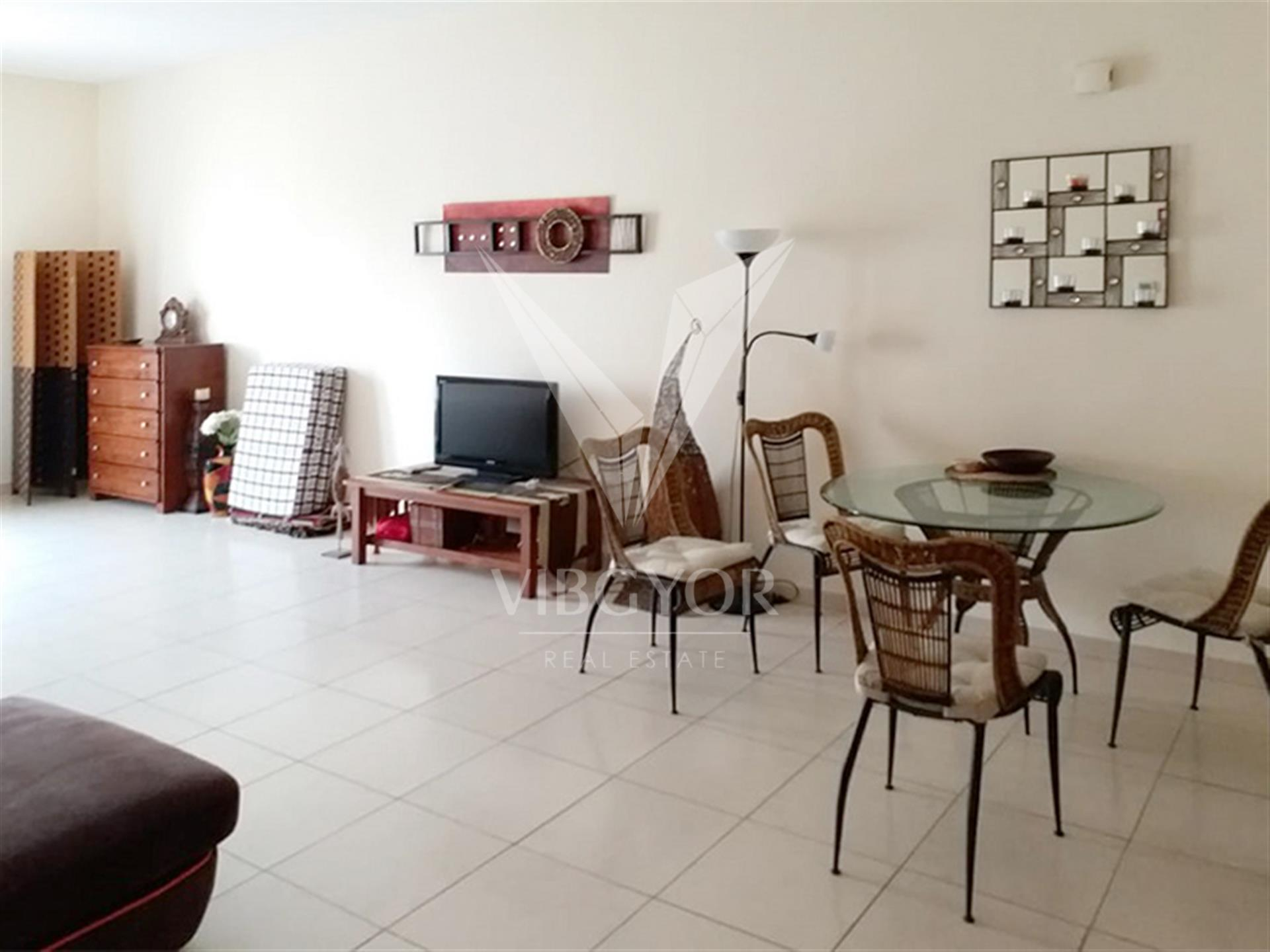 Furnished and Vacant | Large Studio