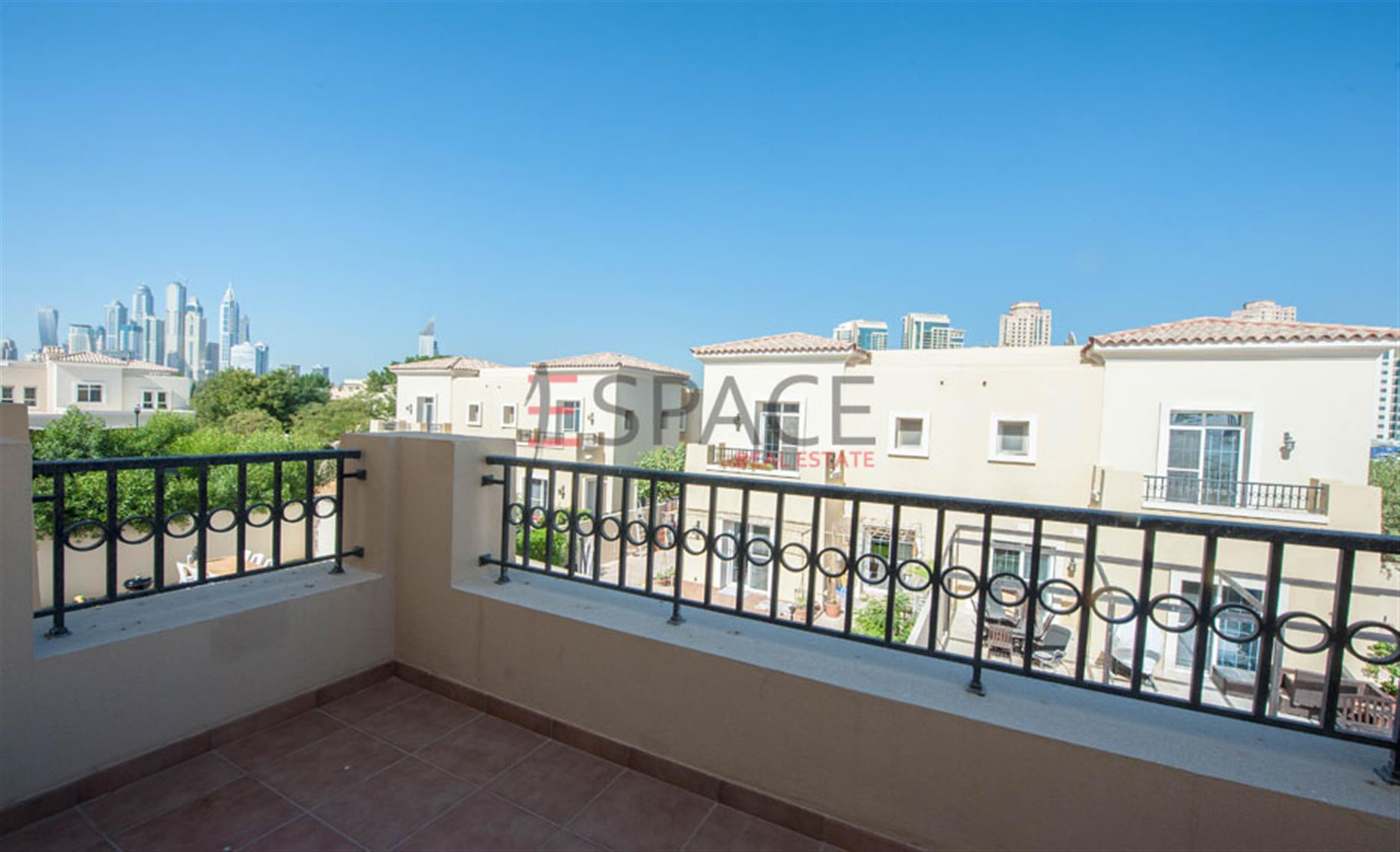 The Lakes - Ghadeer - Villa - Landscaped Garden - 3 Bedrooms - 2436 sqf