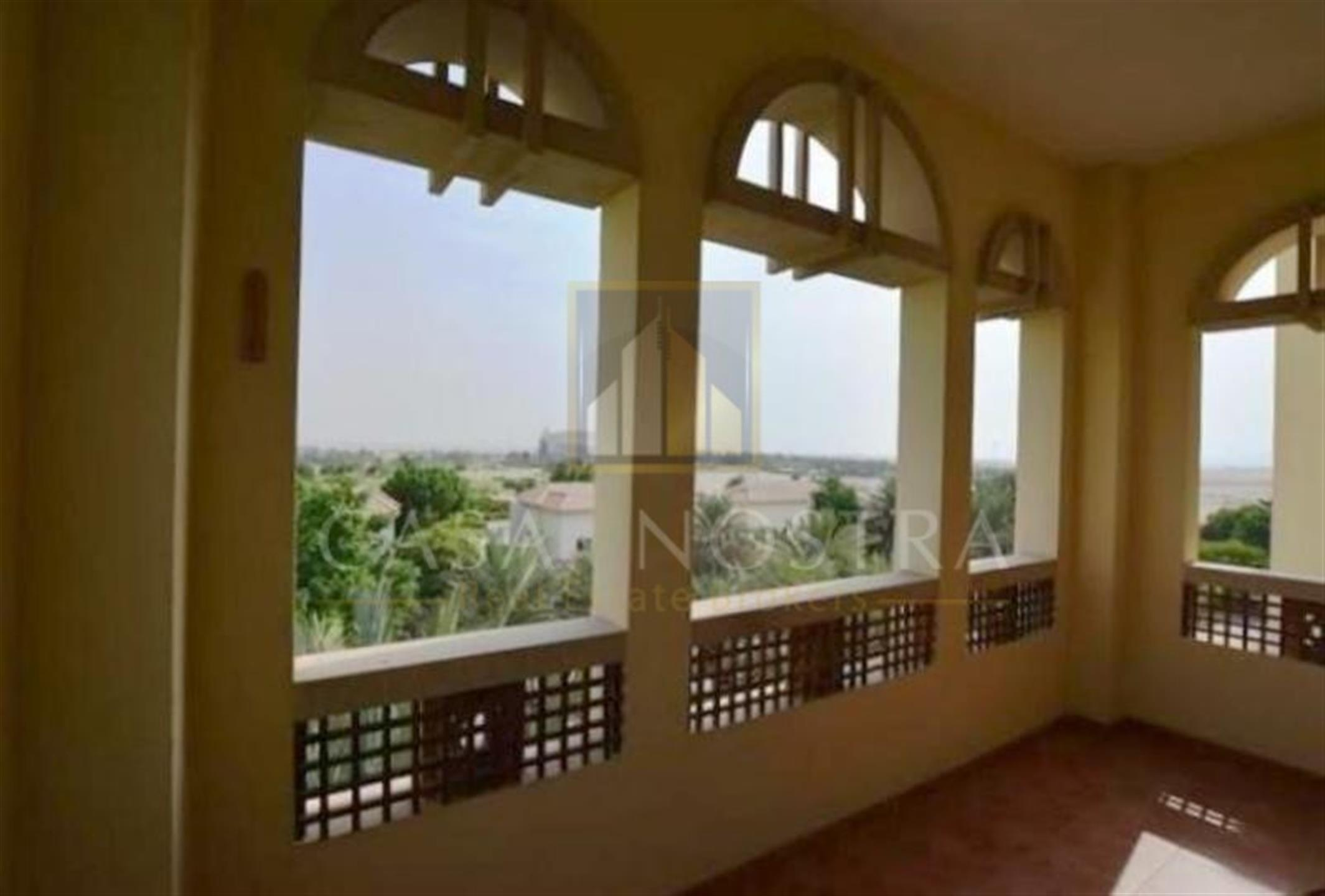 HOT PROPERTY!GOLF COURSE VIEW 4BR + MAIDS