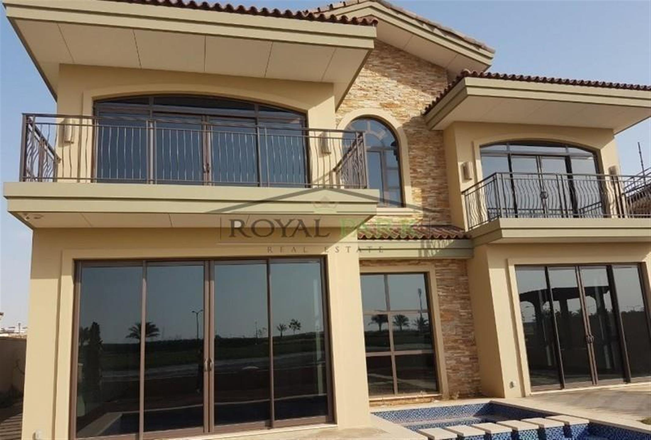 Dream Villa In Jumeirah Golf Estate With Lake View