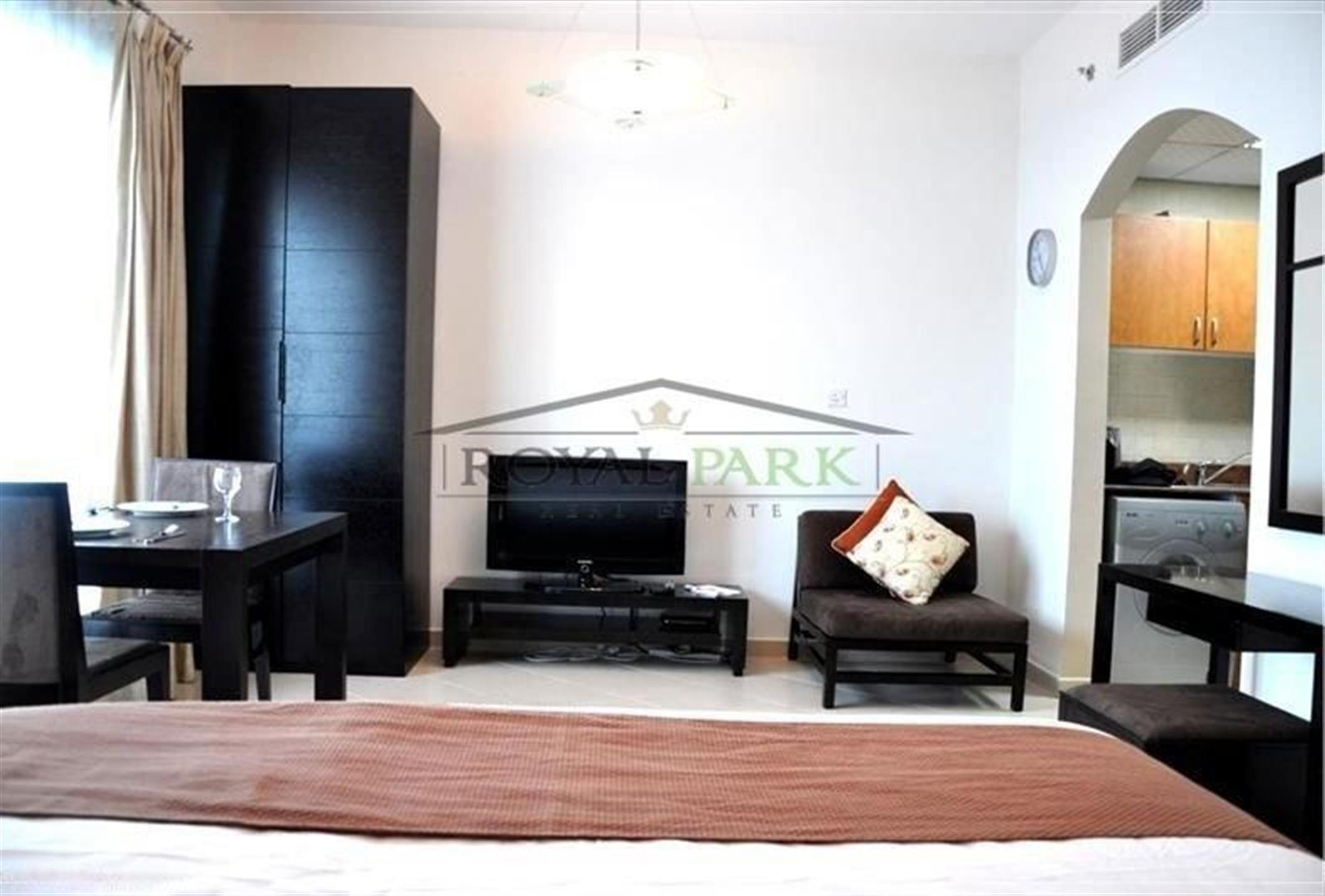 Marina Diamond 5 -  Furnished Studio, Near Metro Station Flexible Cheques