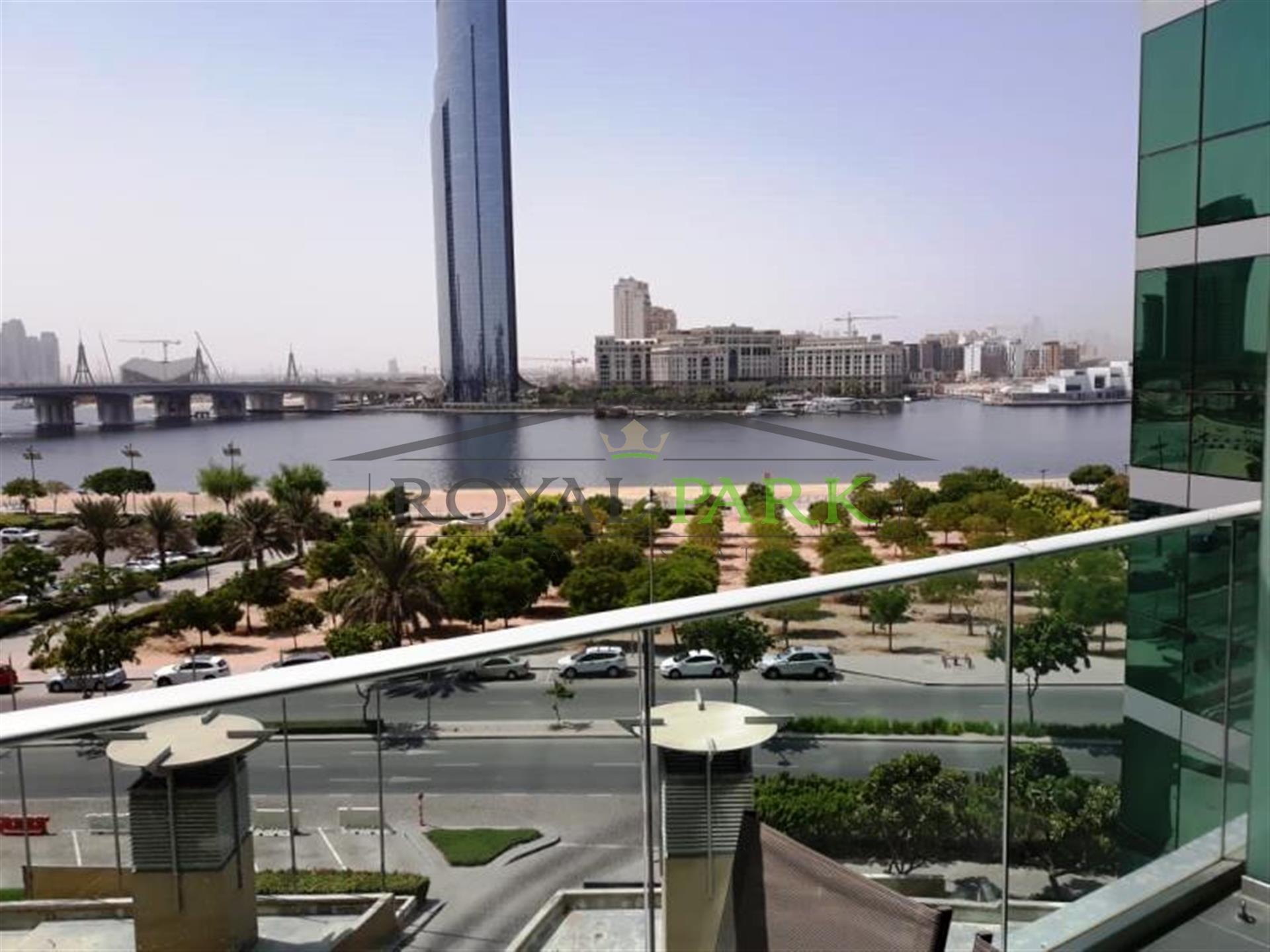 Dubai Creek Lagoon View 2br+Balcony In Marsa Plaza, Dubai Festival City.