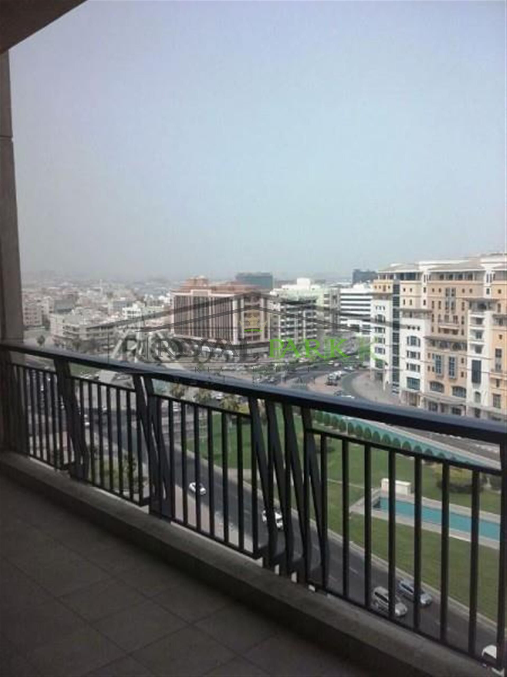 1,000sq.Ft. Rare 1br+Study+Balcony In Emaar Towers Deira