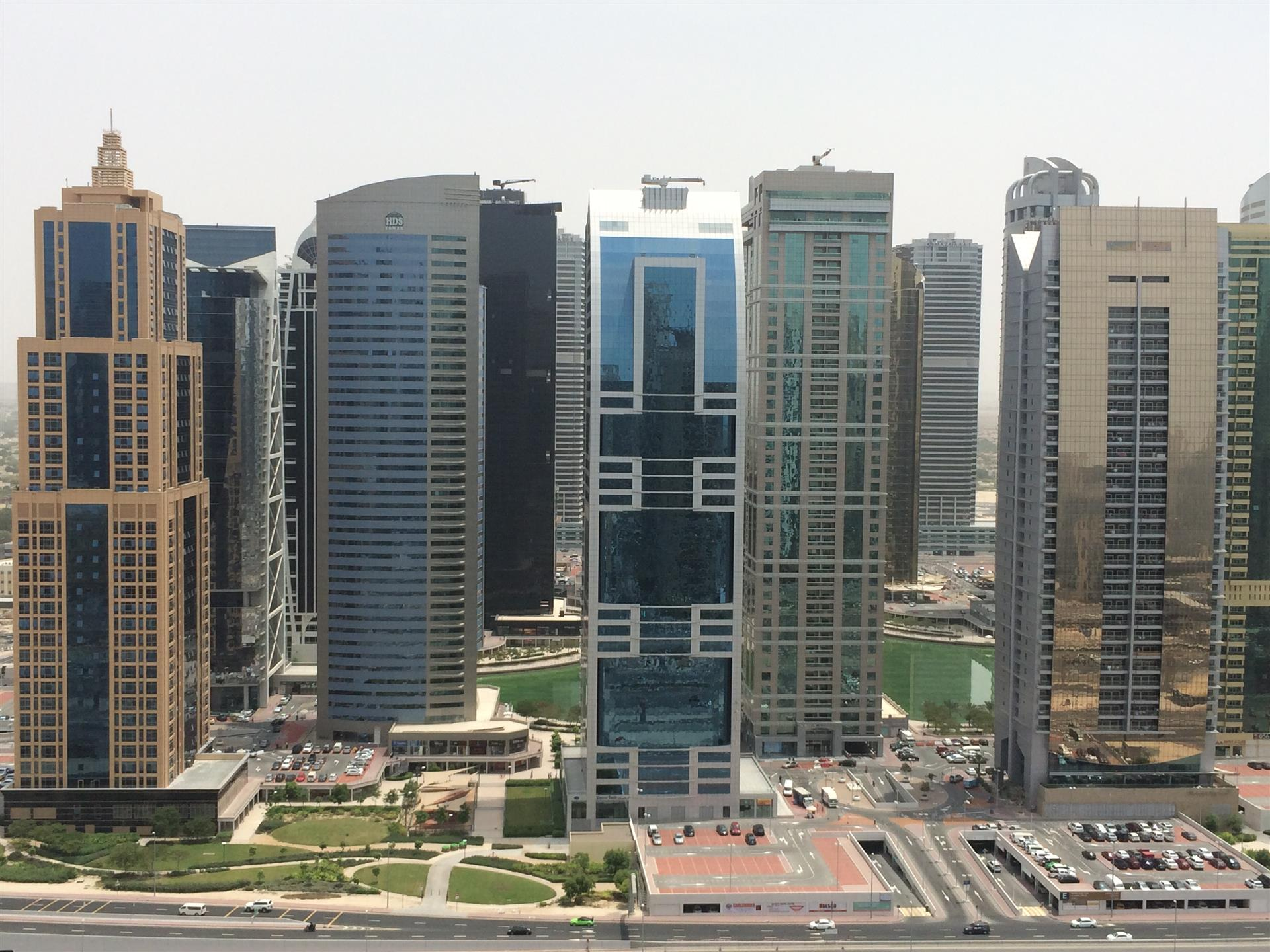 Next To Marina Mall - 2br In West Avenue Dubai Marina