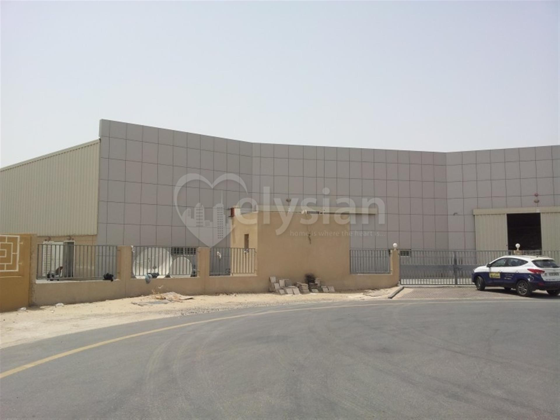 Excellent location-Independent warehouse at DIP2