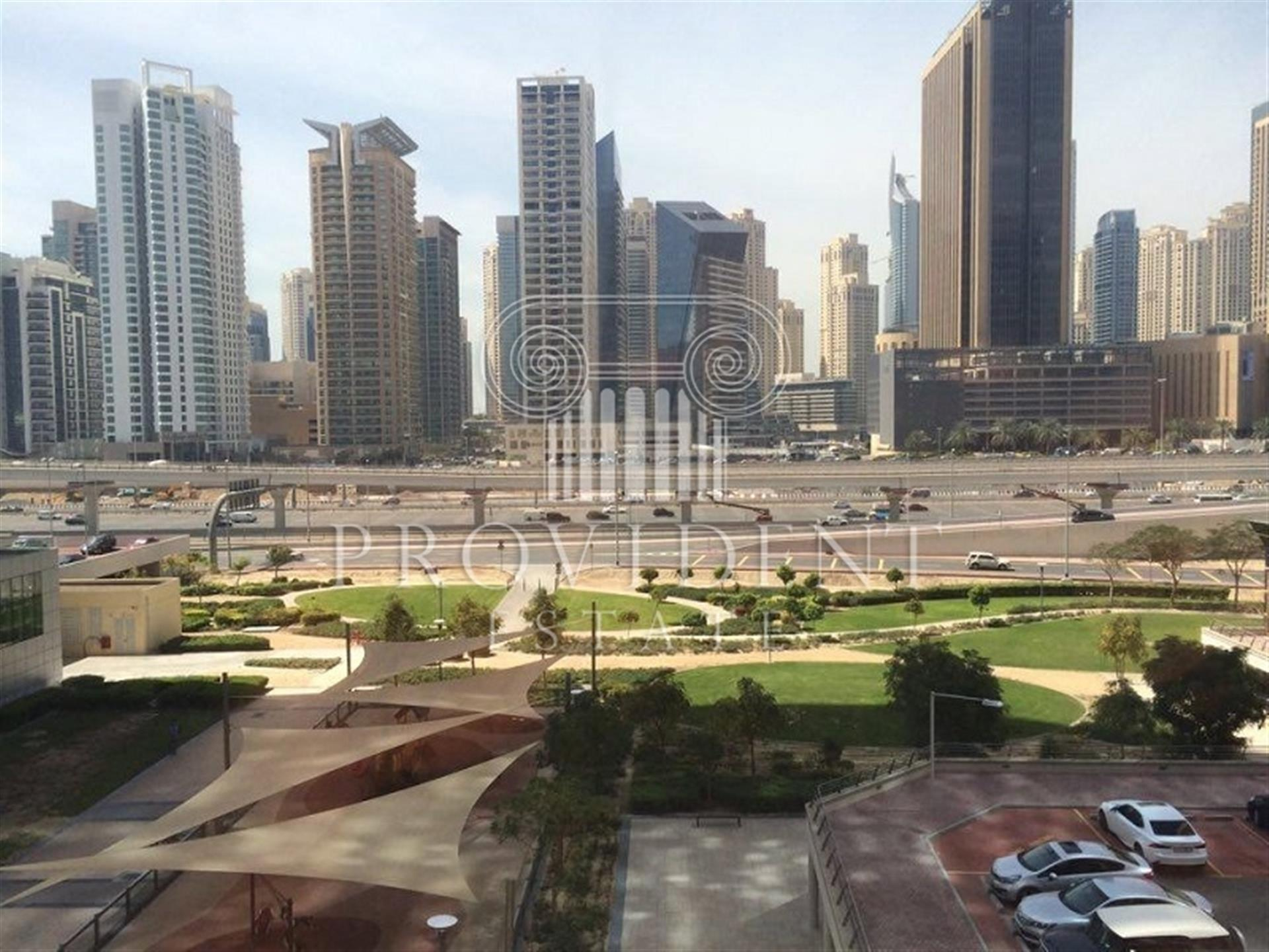 Property - Office for rent in Jumeirah Lake Towers- Dubai - Hds