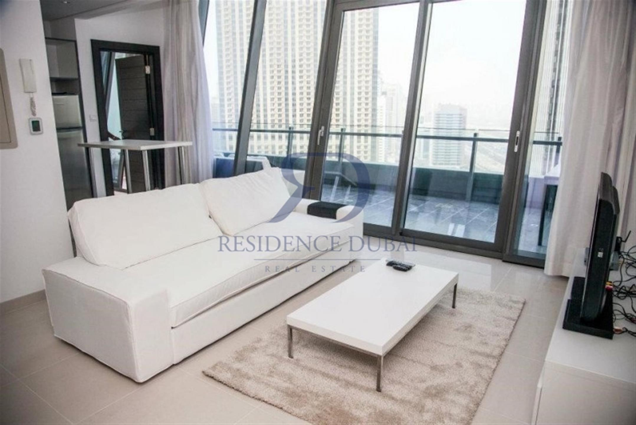 Short term rental - Amazingly Fully  furnished 1 bed in Silverene.