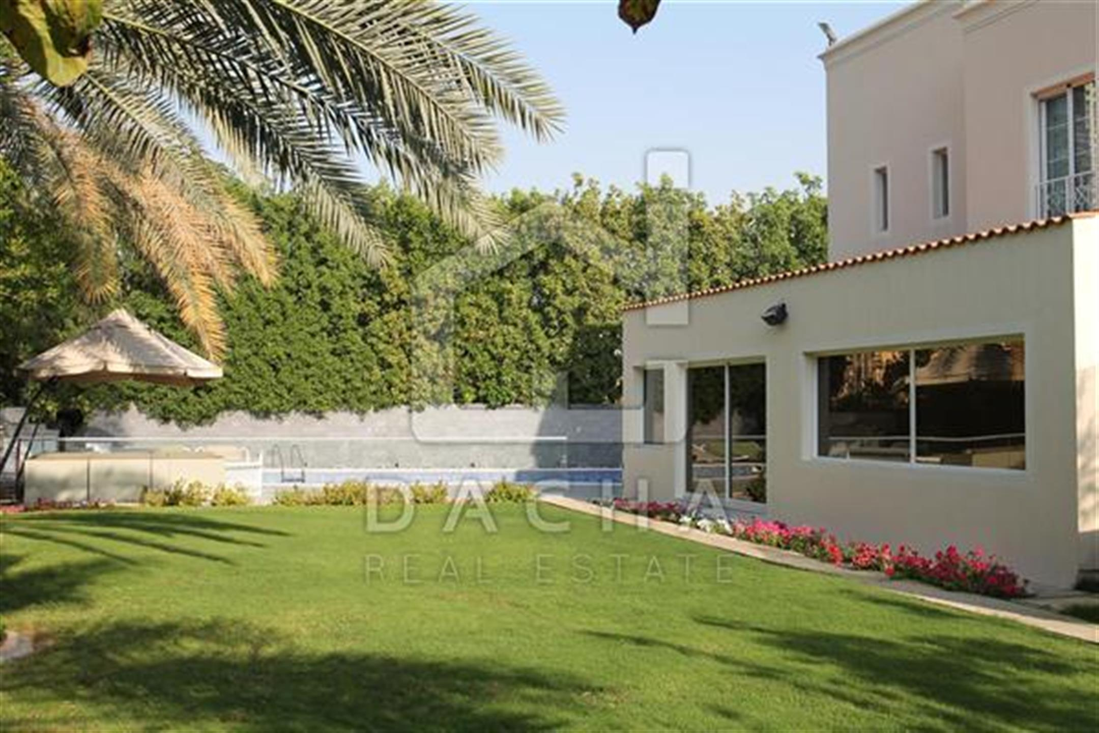 Property - Villa for sale in The Meadows- Dubai - Meadows 9