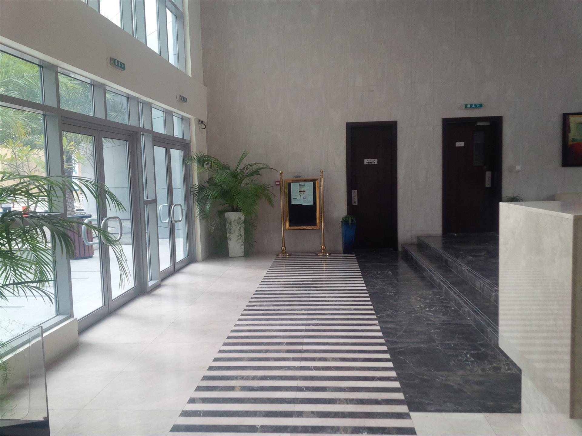 Property - Apartment for rent in Marina- Dubai - The Point