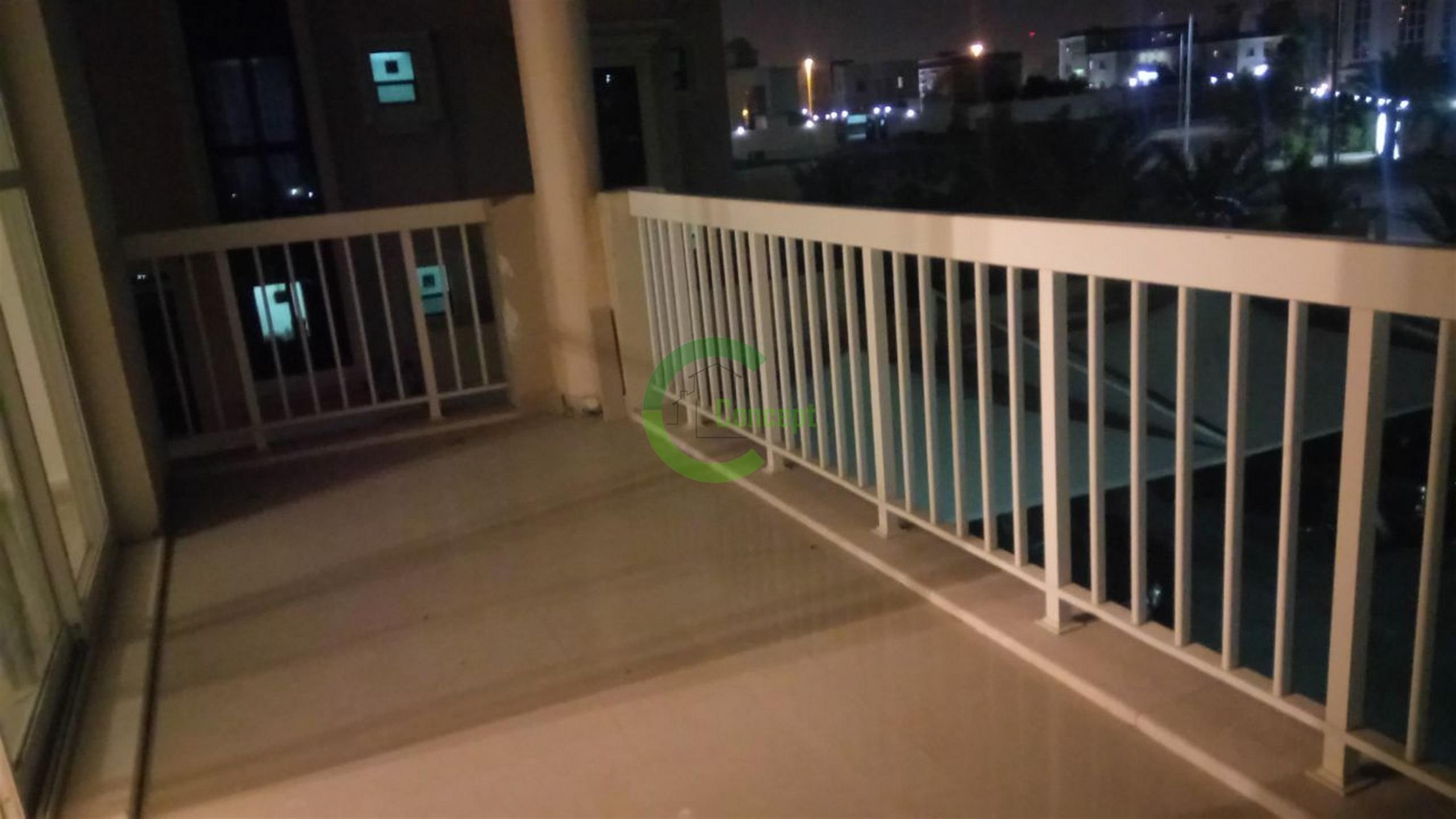 Spacious Vacant Now,2br Apartment In Mbz