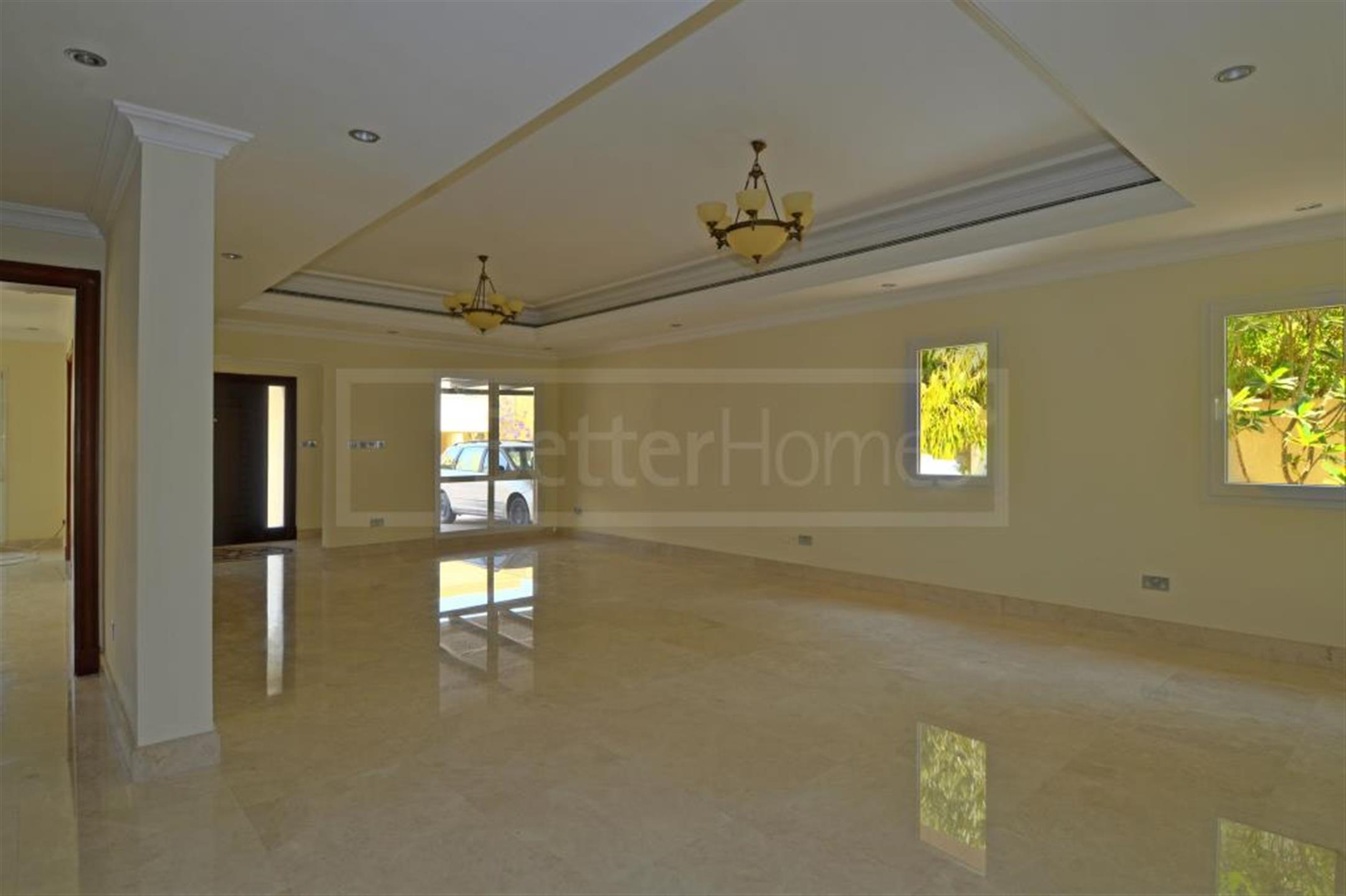 Vacant upgraded spacious type 15 villa in Meadows