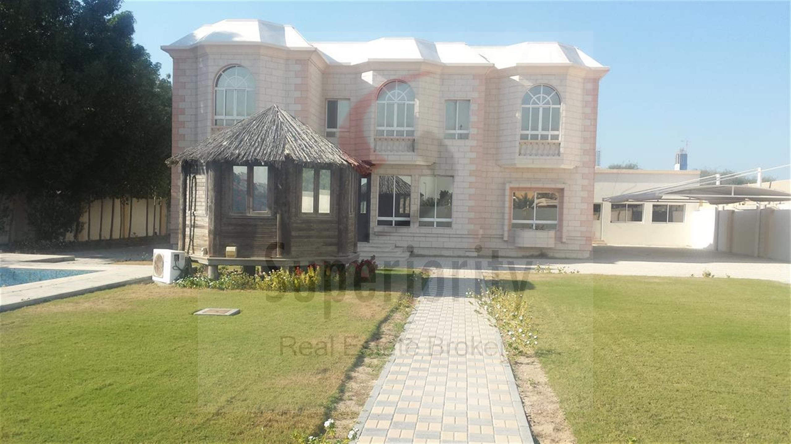 Property - Villa for rent in Al Barsha- Dubai - Villa