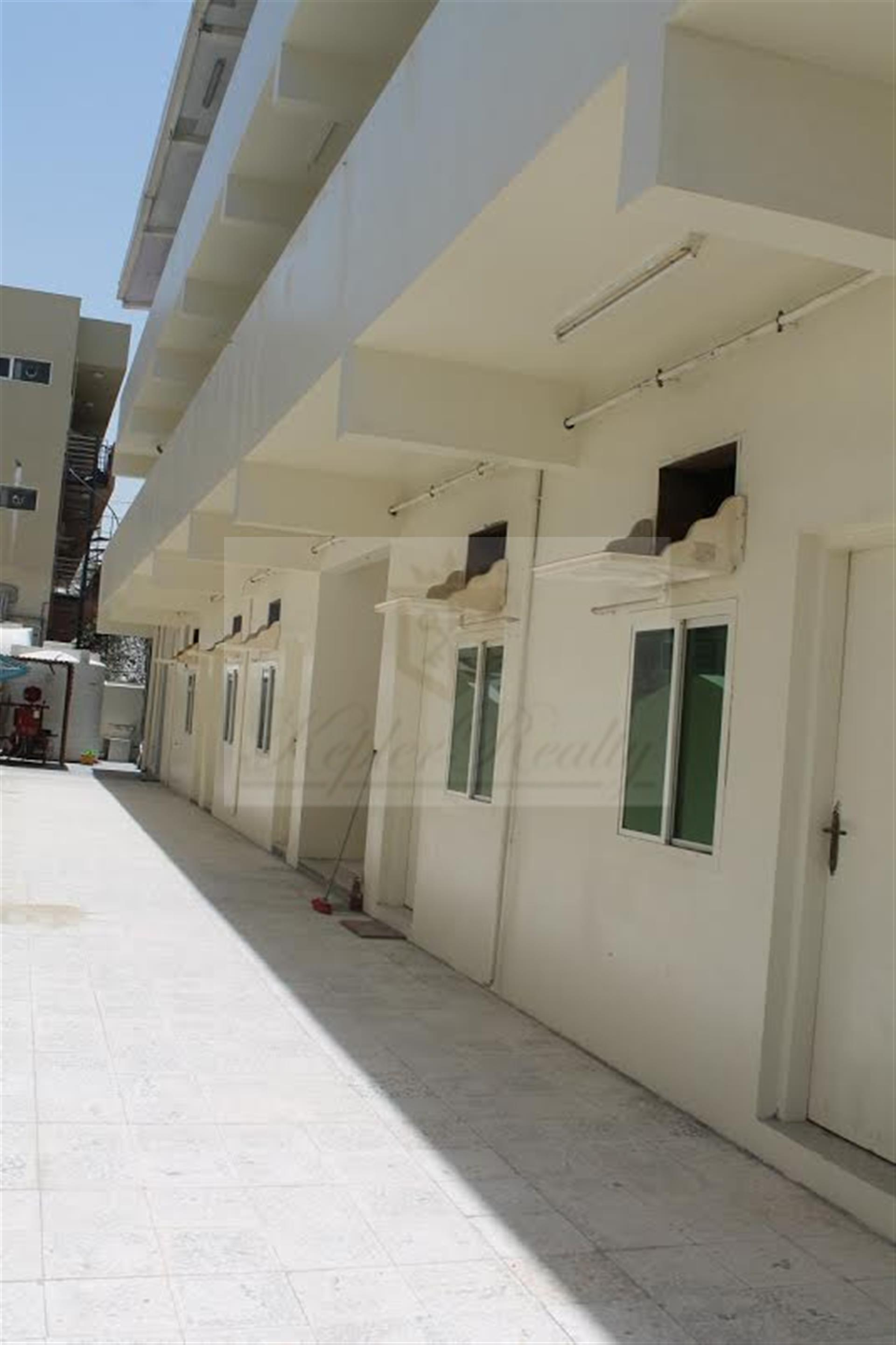 G+2 Labour Camp in Al Quoz 01 - 47 Rooms- AED 3,300 net price per month