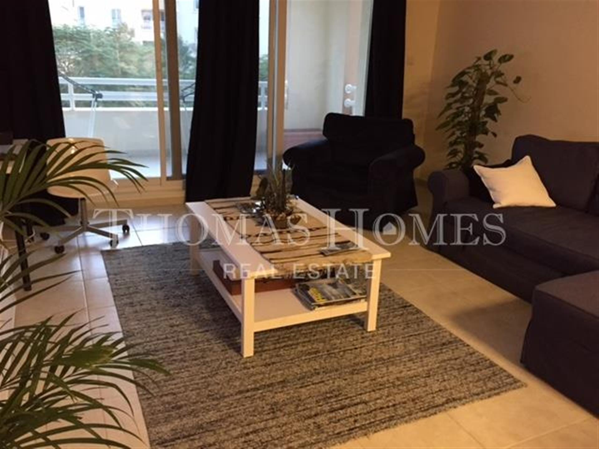 1 Bedroom Apartment With Pool And Park View